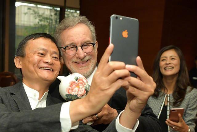 你知道马云都用过哪些手机吗?看看顶级富豪和你用的是否一样