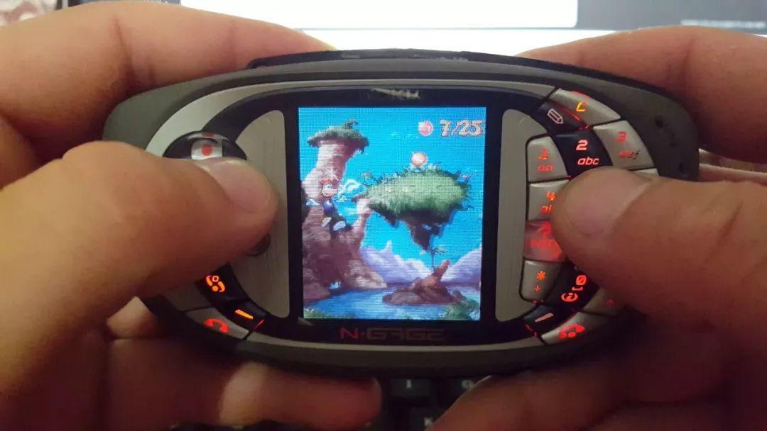 多事之秋的中兴,能否靠游戏手机在国内翻盘?